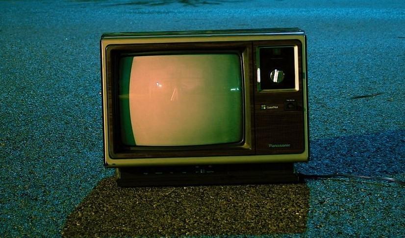 TV 2d